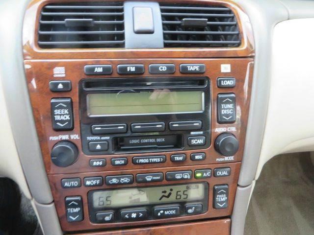 2000 Toyota Avalon XLS 4dr Sedan - Lititz PA