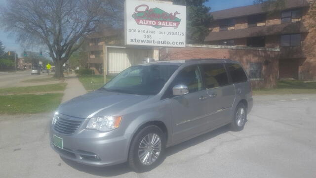 2014 Chrysler Town and Country Touring-L 4dr Mini Van - Central City NE