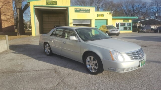 2010 Cadillac DTS Platinum Collection (PLA) 4dr Sedan - Central City NE