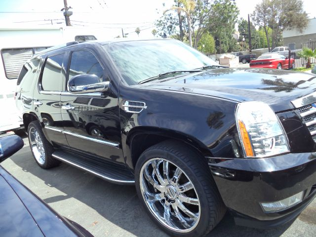 2007 CADILLAC ESCALADE BASE AWD 4DR SUV black 2-stage unlocking - remote abs - 4-wheel active a