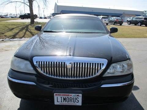 2004 Lincoln Town Car for sale in Union Grove, WI