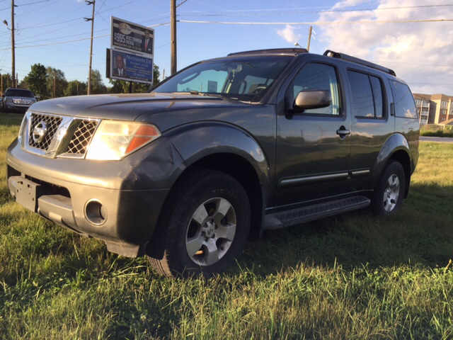 2005 Nissan Pathfinder SE 4WD 4dr SUV   Indianapolis IN