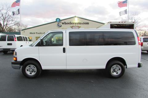2016 Chevrolet Express Passenger for sale in Springfield, MO