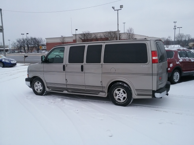 2003 GMC Savana Passenger For Sale In Greenwood IN