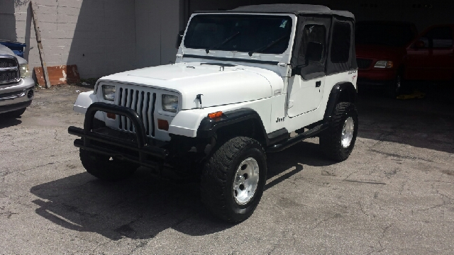1993 JEEP WRANGLER S 2DR 4WD SUV white clean title