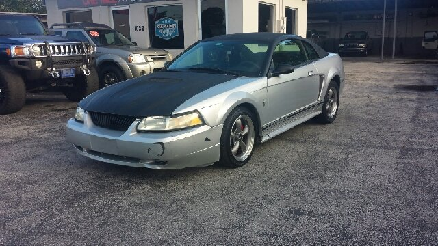 2000 FORD MUSTANG BASE 2DR COUPE silver clean title