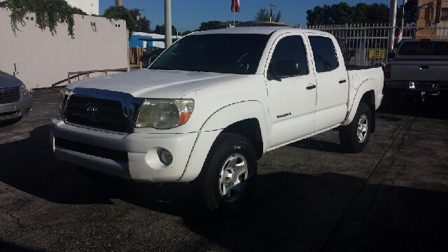 2007 TOYOTA TACOMA PRERUNNER V6 4DR DOUBLE CAB 50 white clean title