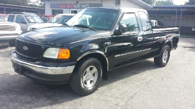 2004 FORD F-150 HERITAGE XLT 4DR SUPERCAB RWD STYLESIDE S black clean title
