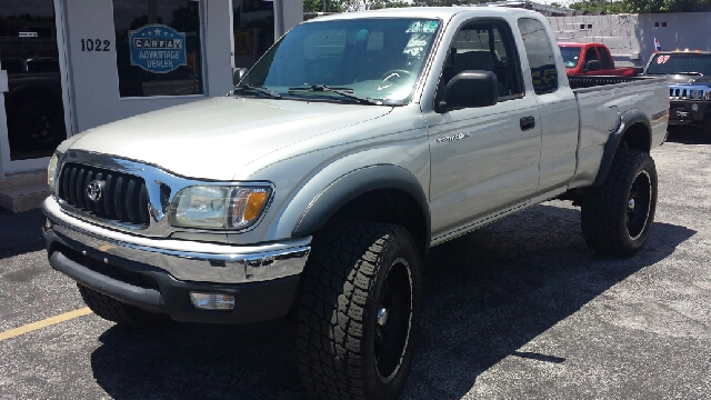 2004 TOYOTA TACOMA PRERUNNER V6 2DR XTRACAB RWD SB silver clean title