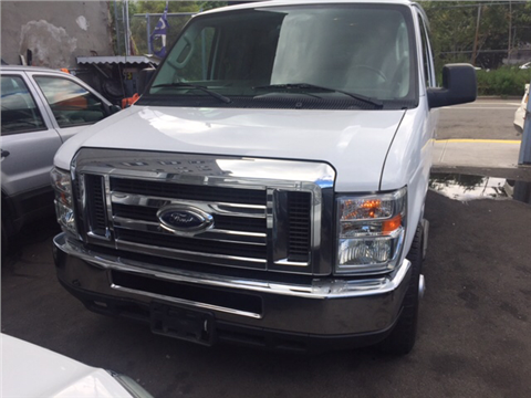 2012 Ford E-Series Wagon for sale in Bronx, NY