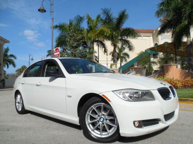 2010 BMW 3 SERIES 328I 4DR SEDAN SA white call 9545105507  good credit bad credit no proble