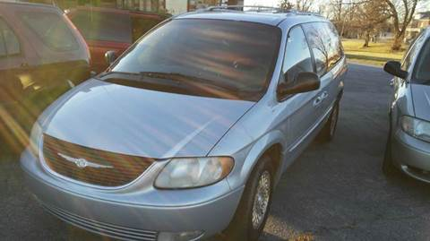 2001 Chrysler Town and Country for sale in Fort Wayne, IN