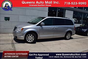2008 Chrysler Town and Country for sale in Richmond Hill, NY