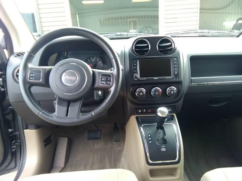 2011 Jeep Compass 4x4 Latitude 4dr SUV - Hollidaysburg PA