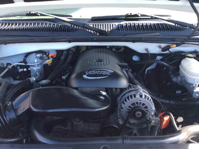 2005 GMC Sierra 1500 SLT 4dr Crew Cab 4WD SB - Bristol TN