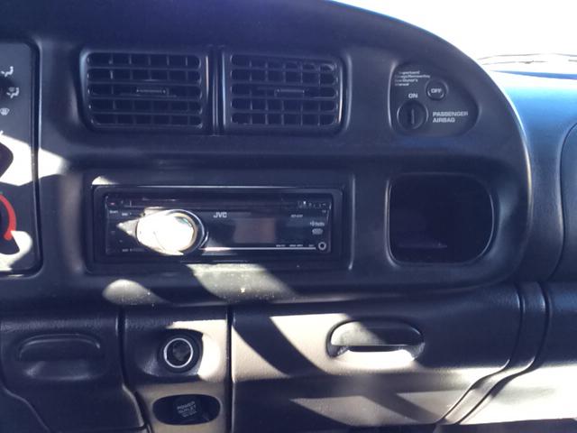 2001 Dodge Ram Pickup 1500 2dr Standard Cab SLT 4WD SB - Bristol TN