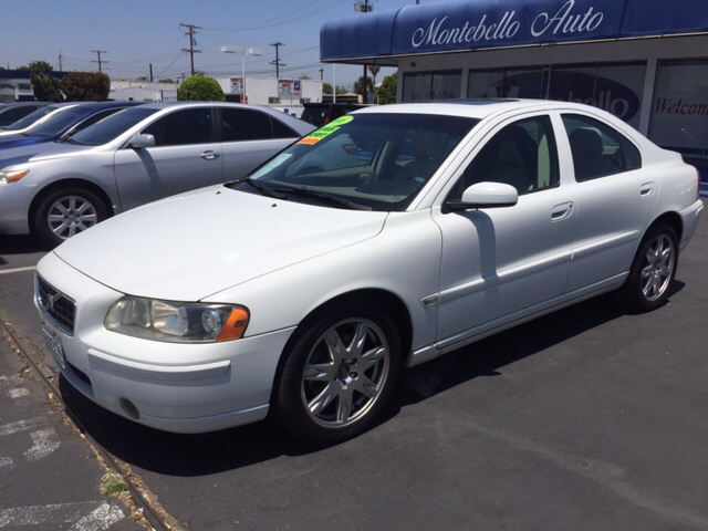 2006 VOLVO S60 25T 4DR SEDAN white abs - 4-wheel active head restraints - dual front air filtr