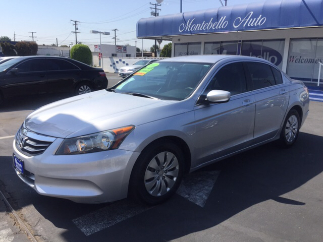 2011 HONDA ACCORD LX 4DR SEDAN 5A silver abs - 4-wheel active head restraints - dual front air