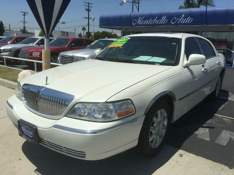 2006 LINCOLN TOWN CAR SIGNATURE LIMITED 4DR SEDAN beige cash price  plus aplicable  fees abs - 4-