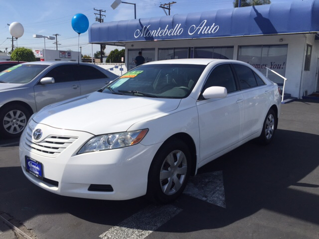 2009 TOYOTA CAMRY LE 4DR SEDAN 5A white 2-stage unlocking doors abs - 4-wheel air filtration a
