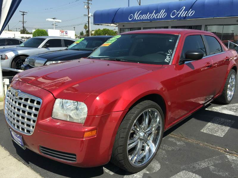2007 CHRYSLER 300 BASE 4DR SEDAN marron cash price plus aplicable fees 2-stage unlocking - remote