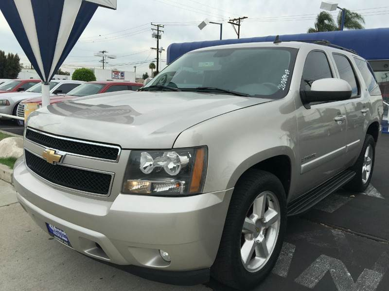 2007 CHEVROLET TAHOE LT 4DR SUV sand cash price  plus aplicable  fees 2-stage unlocking - remote