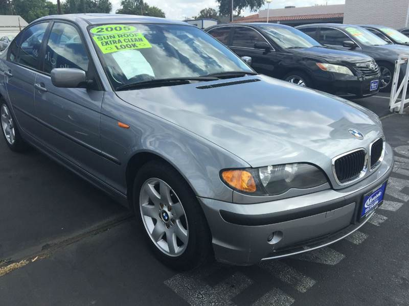 2005 BMW 3 SERIES 325I 4DR SEDAN metallic gray abs - 4-wheel center console - front console with