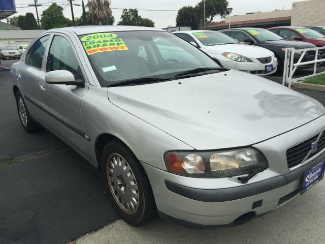 2004 VOLVO S60 24 4DR SEDAN silver cash price  plus aplicable  fees abs - 4-wheel anti-theft sy