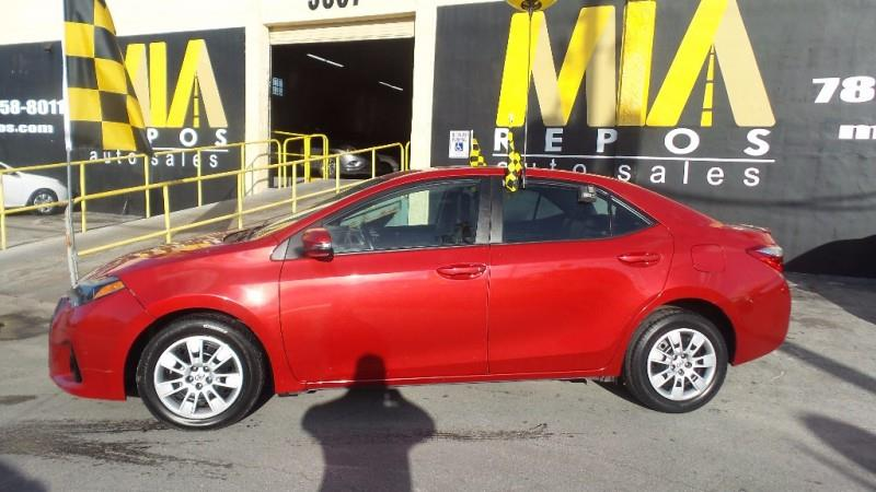 2015 TOYOTA COROLLA L 4DR SEDAN 4A red well maintained very clean interior low mileage looks