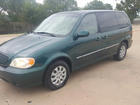 2005 Kia Sedona for sale in Austin, TX