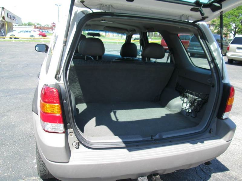 2002 Ford Escape XLS Choice 4WD 4dr SUV - Lorain OH
