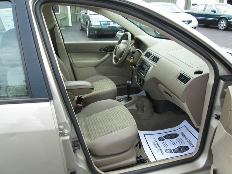 2006 Ford Focus ZX4 S 4dr Sedan - Lorain OH