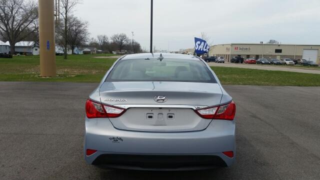 2014 Hyundai Sonata SE 4dr Sedan - Elkhart IN