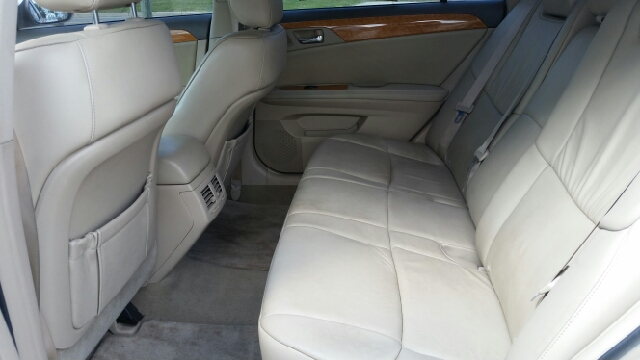 2005 Toyota Avalon XLS 4dr Sedan - Elkhart IN