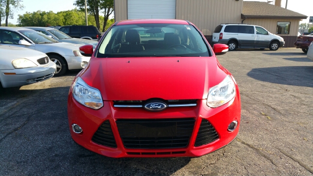 2012 Ford Focus SEL 4dr Sedan - Elkhart IN