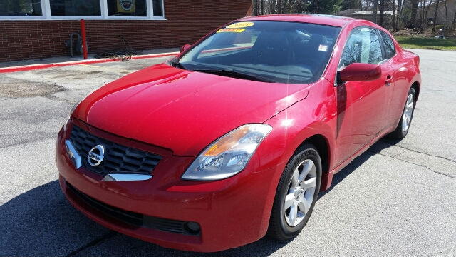 2008 Nissan Altima 2.5 S 2dr Coupe CVT - South Bend IN