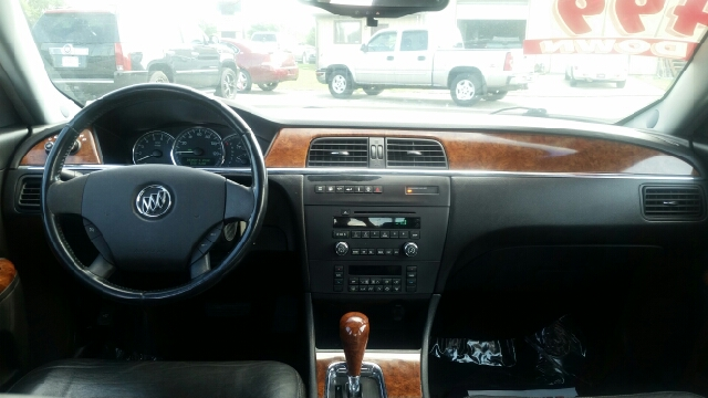 2005 Buick LaCrosse CXL 4dr Sedan - Elkhart IN