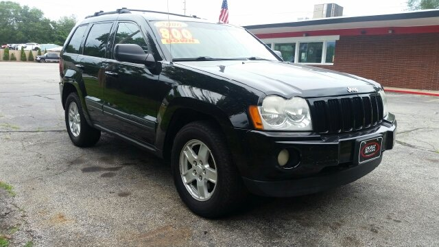 2006 Jeep Grand Cherokee Laredo 4dr SUV 4WD - South Bend IN