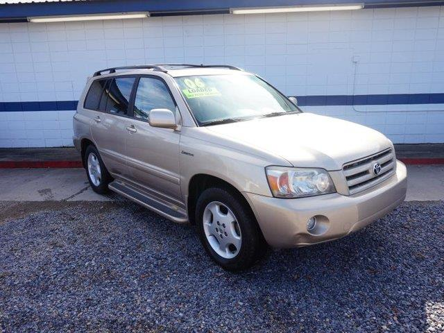 2006 TOYOTA HIGHLANDER V6 LIMITED W3RD ROW gold auto-off headlightsheated exterior passenger mi
