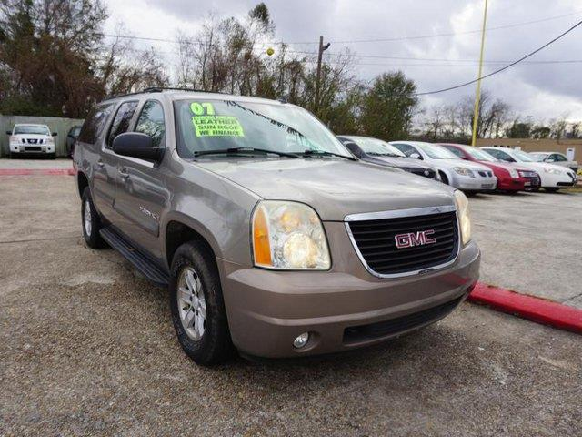 2007 GMC YUKON XL 1500 SLT 2WD antique bronze metallic cargo shadetire pressure monitorrear sea