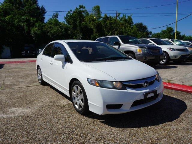 2009 HONDA CIVIC LX 4DR SEDAN 5A taffeta white auxiliary audio inputwheel coversrear seat heat