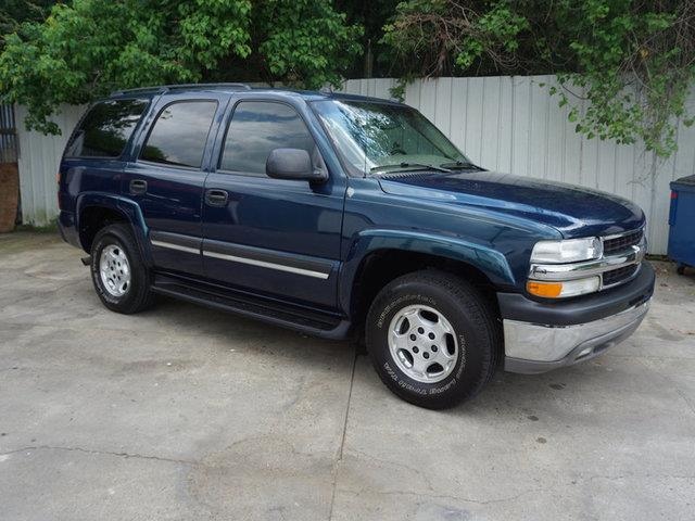 2005 CHEVROLET TAHOE 1500 LT dark blue metallic acclimate controldriver air bagpassenger air