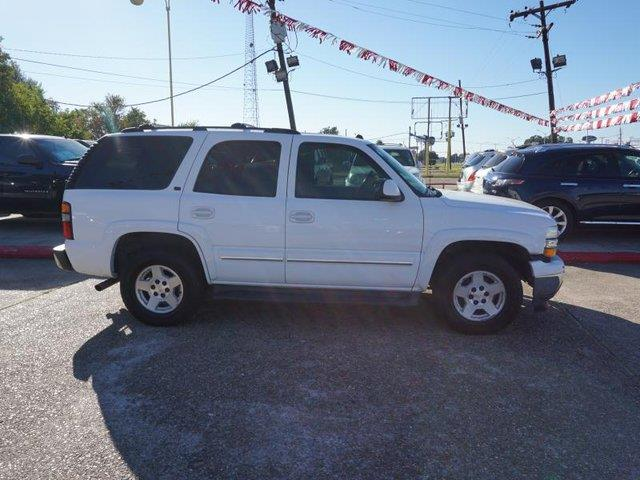 2005 CHEVROLET TAHOE 1500 LT summit white rear bench seatrear reading lampsfront reading lamps