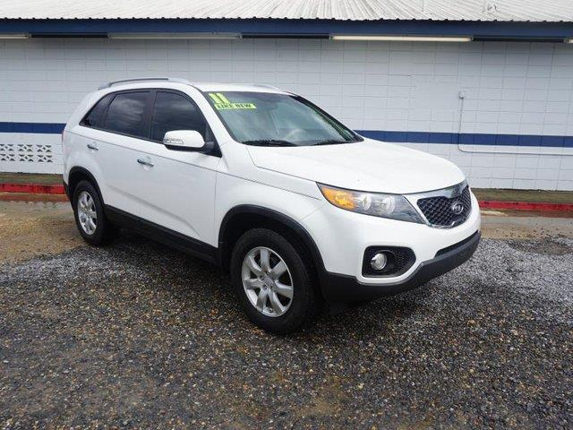 2011 KIA SORENTO LX 4DR SUV snow white pearl heated driver seatdriver air bagpassenger air bag