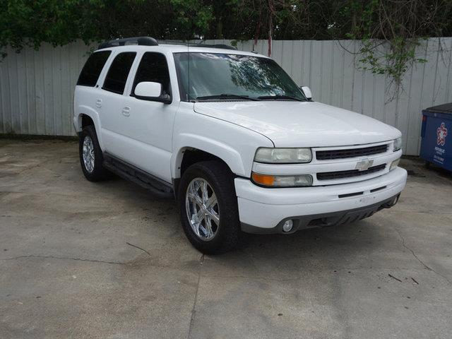 2003 CHEVROLET TAHOE 1500 4WD Z71 summit white power tiltsliding sunroof3rd row seatpower pass