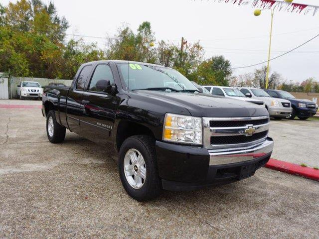 2008 CHEVROLET SILVERADO 1500 1500 W1LT 4WD 134WB black rear bench seatfront tow hooksleather