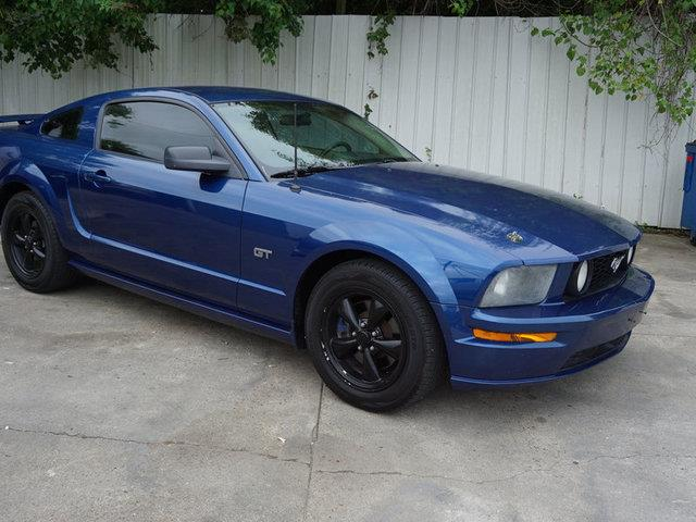 2006 FORD MUSTANG GT DELUXE 2DR COUPE vista blue metallic leather seatsdriver air bagpassenger