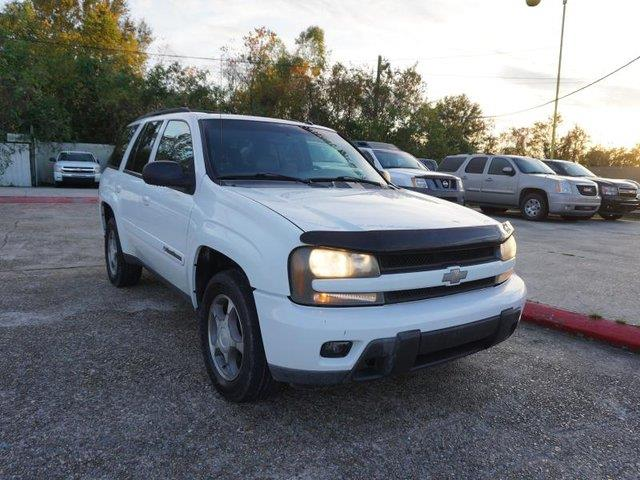 2004 CHEVROLET TRAILBLAZER 2WD LT summit white driver adjustable lumbarrear reading lampsfront