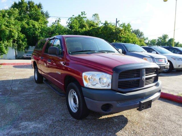 2008 DODGE RAM PICKUP 1500 1500 SLT 2WD 140WB red accruise controlfourth passenger doorrear w