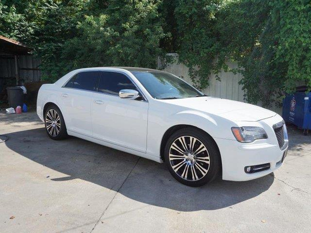 2013 CHRYSLER 300 S 4DR SEDAN bright white passenger air bagfront side air bagamfm stereo4-wh